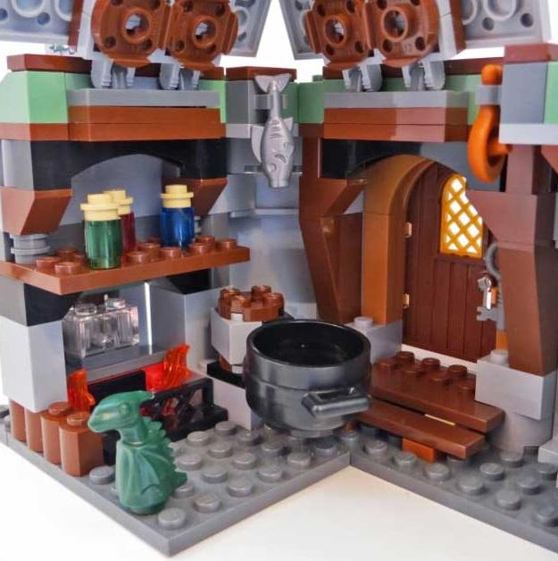 Lego-Set-4738-Hagrids-Hut4