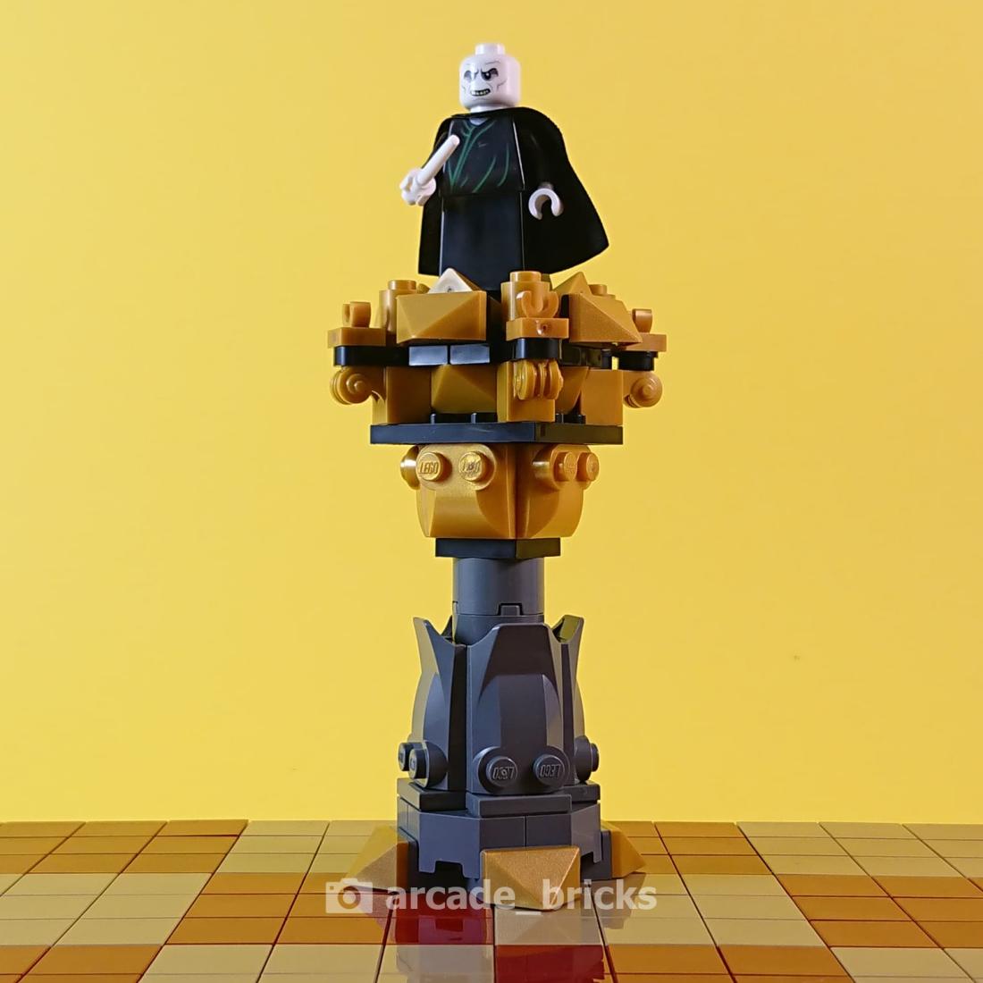arcade_bricks_chess_evil_01_king