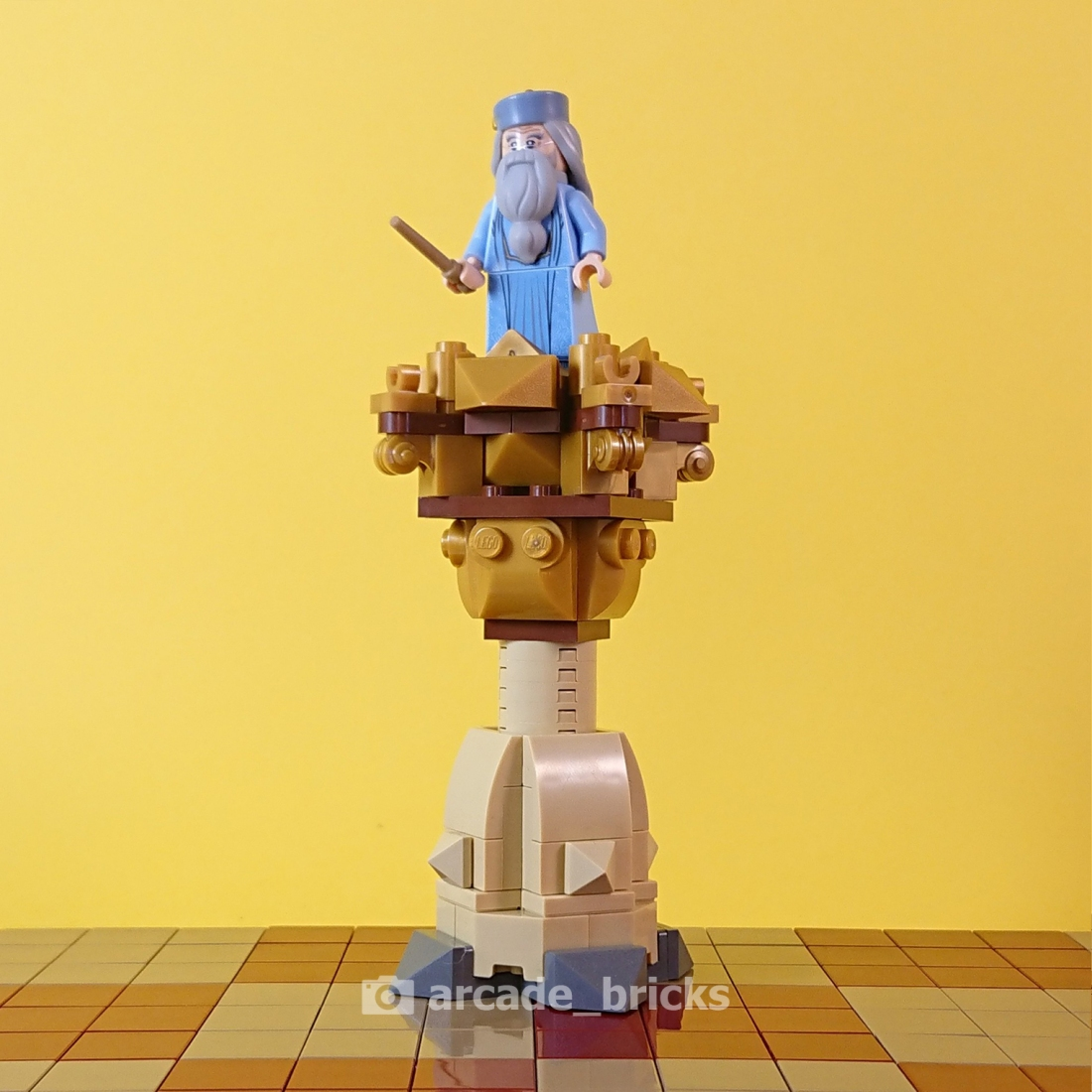 arcade_bricks_chess_good_01_king