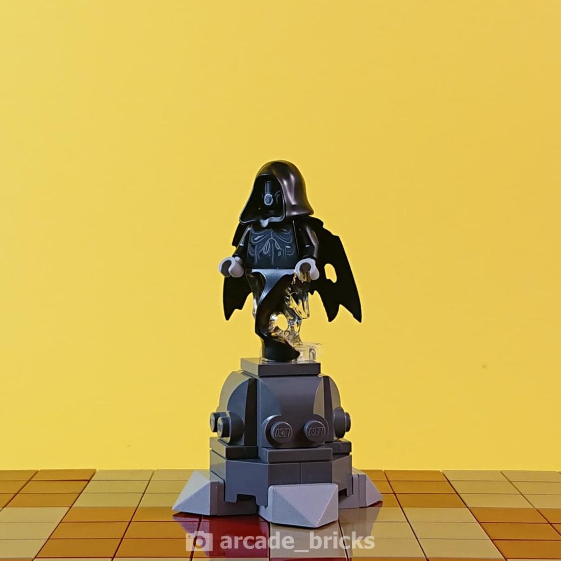arcade_bricks_chess_hp_6_evil_pawn